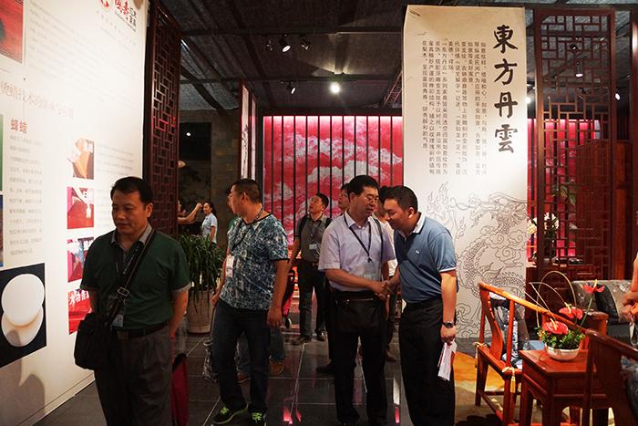 国寿红木制造厂家东莞市鸿普轩家具有限公司总经理陈